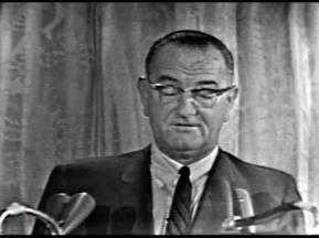 MP 510 - LBJ Press Conference - 19640307-300.000