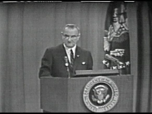 MP 511 - LBJ Press Conference - 19640416-720.000
