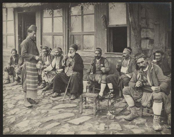 What Did Hookah Cafe Look Like  in 1885