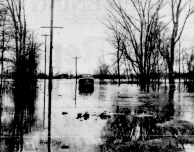 The water rose and continued to rise. Source: Ottawa Citizen, April 2, 1947, p. 2.