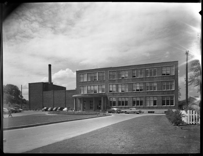 The building permit for Fisher Park High School was the largest for 1948. Image: City of Ottawa Archives, CA004342 (May 21, 1954).