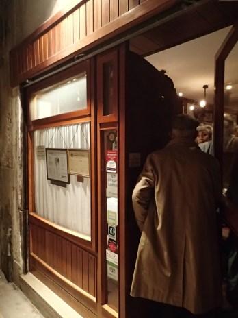 front door of Antiche Carampane restaurant