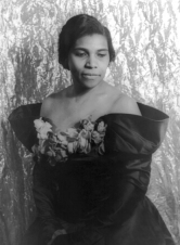 The Arts: Marian Anderson - Renowned Singer