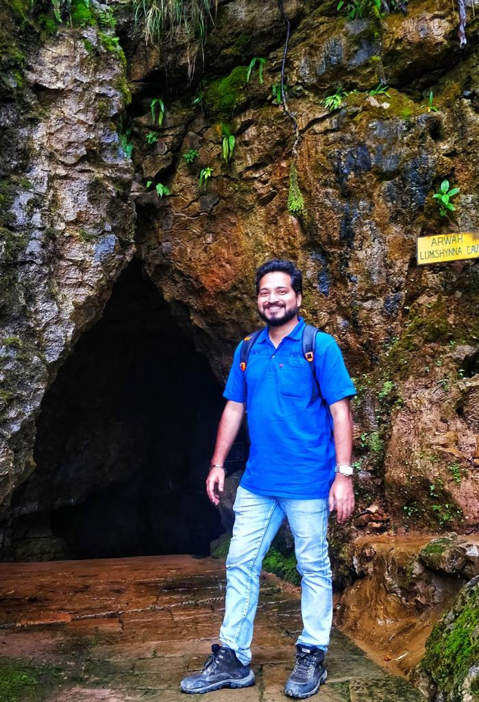 adventures in india - arwah cave