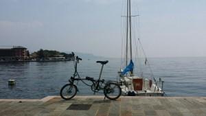 brompton garda lake, folding bike everywhere, bike at lago di garda