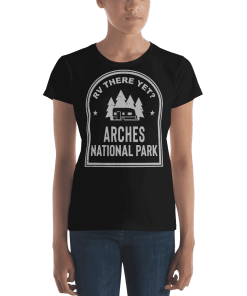RV There Yet? Arches National Park T-Shirt (Women's) Black