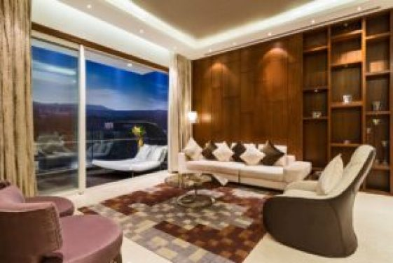 CHECK OUT THE PICTURES OF VIRAT AND ANUSHKA'S NEW HOME AFTER MARRIAGE! 5