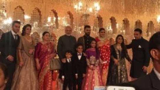 Check out pictures from Anushka Sharma - Virat Kohli reception! 2
