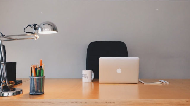 Electronic Devices to improve Organize Tasks by Employees