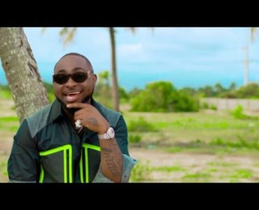 Davido – Biggest Backside ft. B-Red (Prod. Young John)