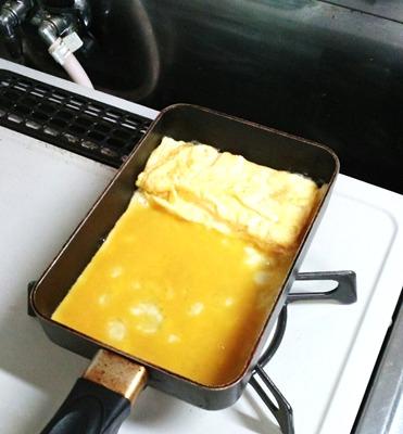 しょっぱい卵焼きの作り方③