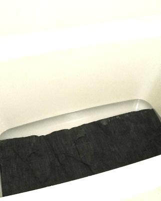 ①バスタブに水を張り、一晩浸ける