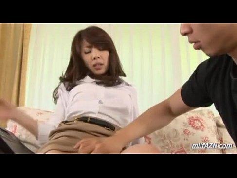 ノーパンパンストで隣人を誘惑する四十路熟女妻のおまんこなひとずま無料 kyokonn nu-sa