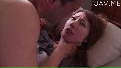 浮気が鬼畜な義兄に知られ無理矢理犯される美乳美人妻が首絞めファックで昇天するひとずま動画無料投稿