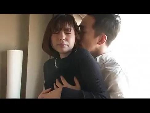 長身のスタイル抜群な美人妻をナンパしてホテルでたっぷりと濃厚セックスしてるひとずま動画浮気