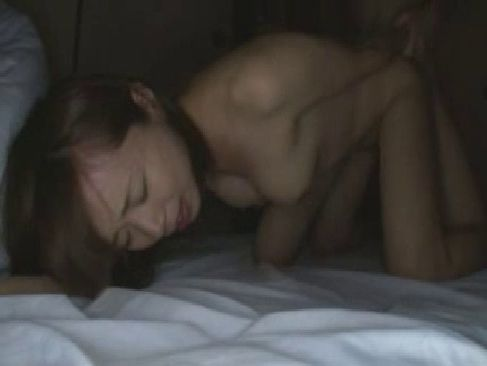 大人しそうな人妻が性欲を暴走させて夫婦の営みや浮気でおまんこが濡れっぱなしなひとずま動画