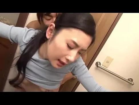 長身でスタイル抜群な美人妻が修理業者と激しいセックスしてるおまんこなひとずま無料 kyokonn nu-sa