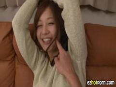 激カワ若妻が楽しそうに拘束プレイしてるひとずま動画