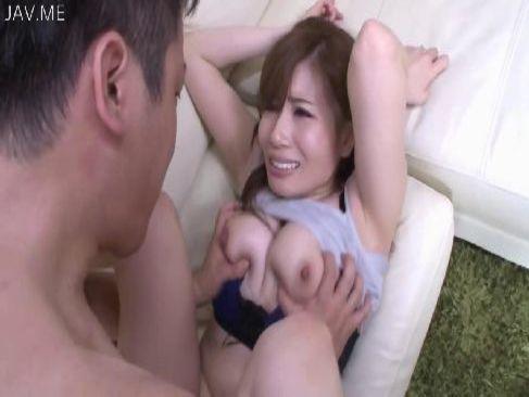 夫婦生活でおまんこが満足しない巨乳美人妻が義弟の巨根で痙攣絶頂してるひとずま動画cc