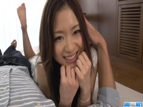 超可愛い美人若妻が朝食後にイチャイチャ!笑顔でチンポをフェラチオして挿入してるひとずま動画