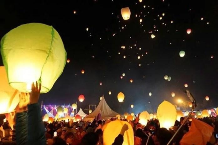 (Dieng Culture Festival - www.hipwee.com)