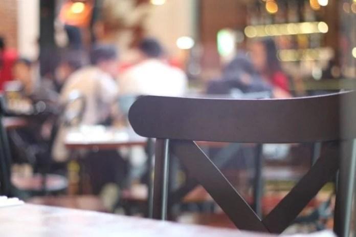 Ilustrasi Gambar Bisnis Online Kedai Makanan