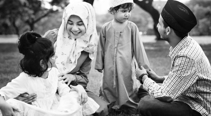 gambar keluarga muslim
