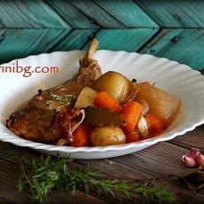 Яхния от заек с вино и картофи