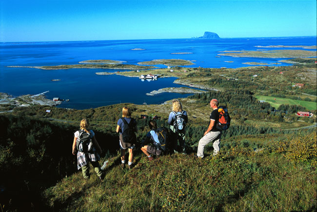 Helgelandskystena650