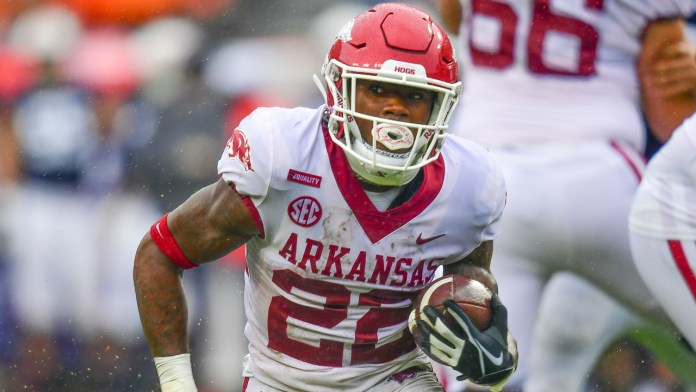 Regardless of bad call, Arkansas has a competitive football team