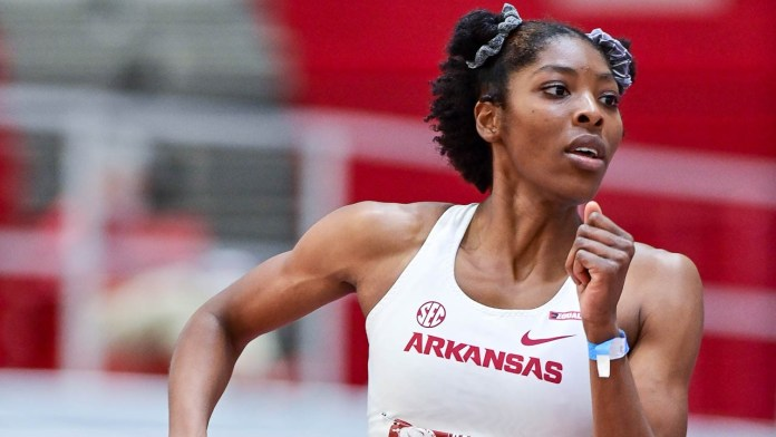 Strong individual performances lead Hogs to dominant win in Razorback Invitational