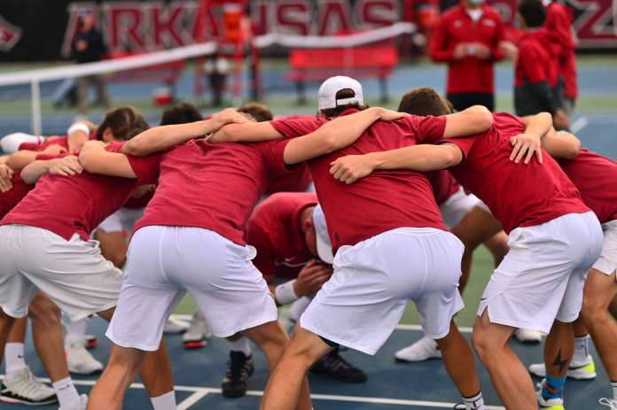 Tigers throttle Razorbacks' men's tennis, 5-2, on Friday evening