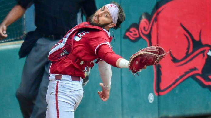 Hogs sweep doubleheader to clinch series over A&M