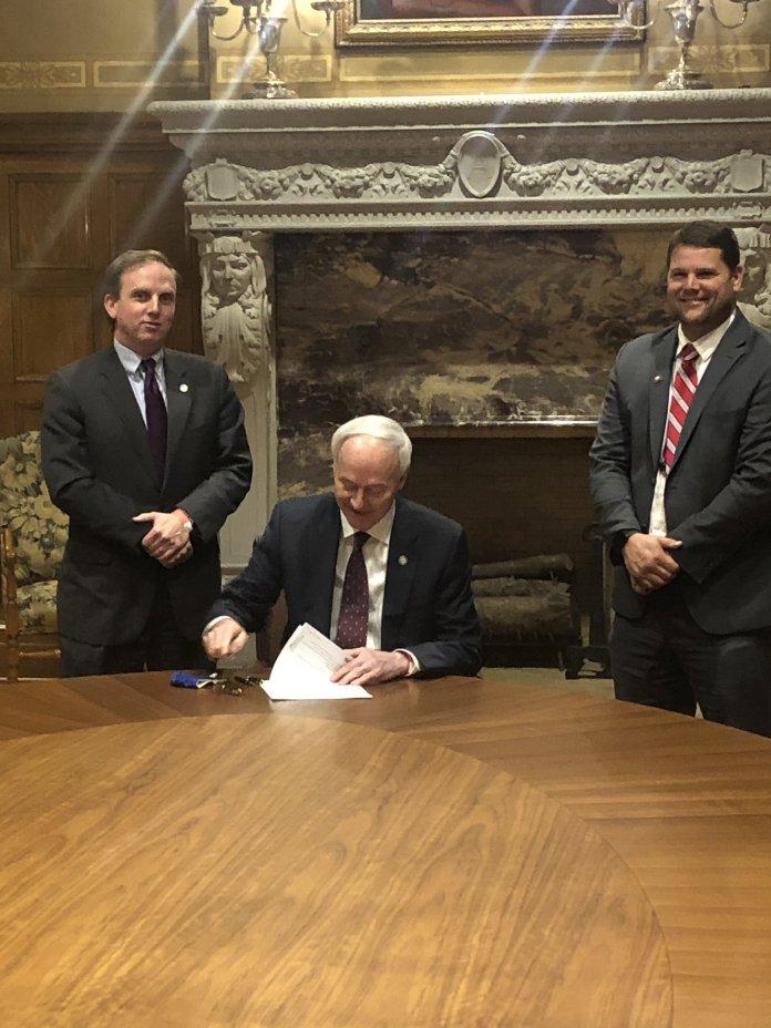 Bud Light Seltzer Morning Rush Podcast: State NIL bill passes