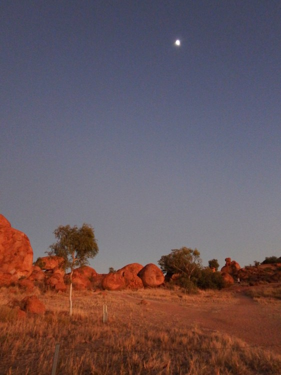 Devils Marbles at first light