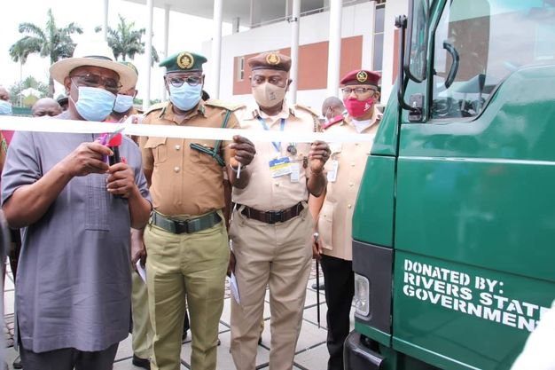 Wike Donates four prisoner transport vehicles to Nigeria Correctional Service