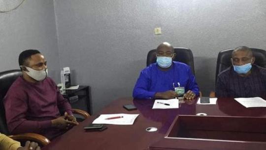 Amb. Desmond Akawor intervenes in Chairmen-Councillors Face-off