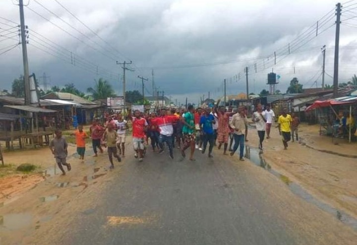 Rivers: Protest over two months of power blackout in Oyigbo hit day 2
