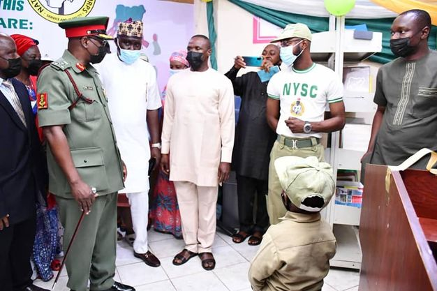 Corps Member donates E-library to NYSC