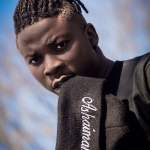 Real Men of God Don't Share Prophecies Via Facebook : Stonebwoy Tells Prophet