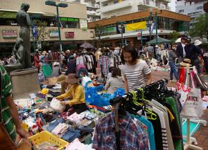 今年5月3日にパデュ中央広場で行われたフリーマーケット