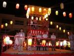 日吉台小での2016年盆踊りの様子