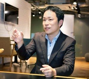 「ひよし塾」塾長の玉田久文(ひさあき)さんは兵庫県神戸市生まれ。リクルート運営のオンライン学習サービス「スタディサプリ」の人気講師としても知られている(ひよし塾提供)
