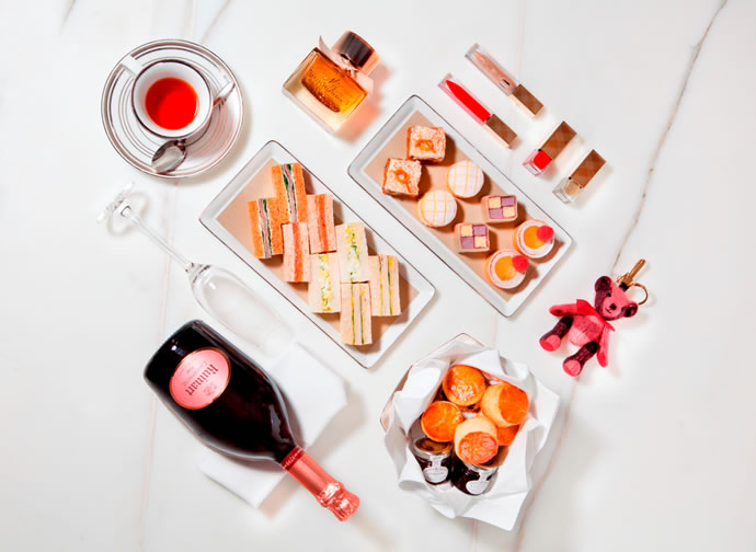 British-Afternoon-Tea-and-Festive-Beauty-Box-Experience-jointly-presented-by-MO-Bar-and-Burberry1