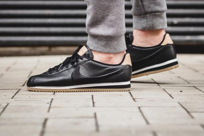 Nike Cortez 全新「Premium Black & Gum」配色設計