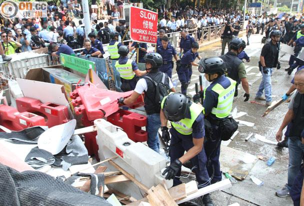 教協籲學生避免到旺角銅鑼灣集會 - 東網即時