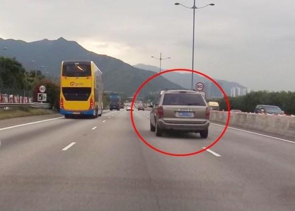 再有內地牌車輛在港行駛 政府被轟執法不力 - 東網即時