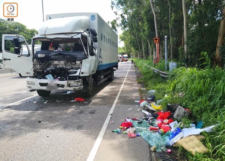 新田公路兩貨車相撞 1司機受傷被困|即時新聞|港澳|on.cc東網