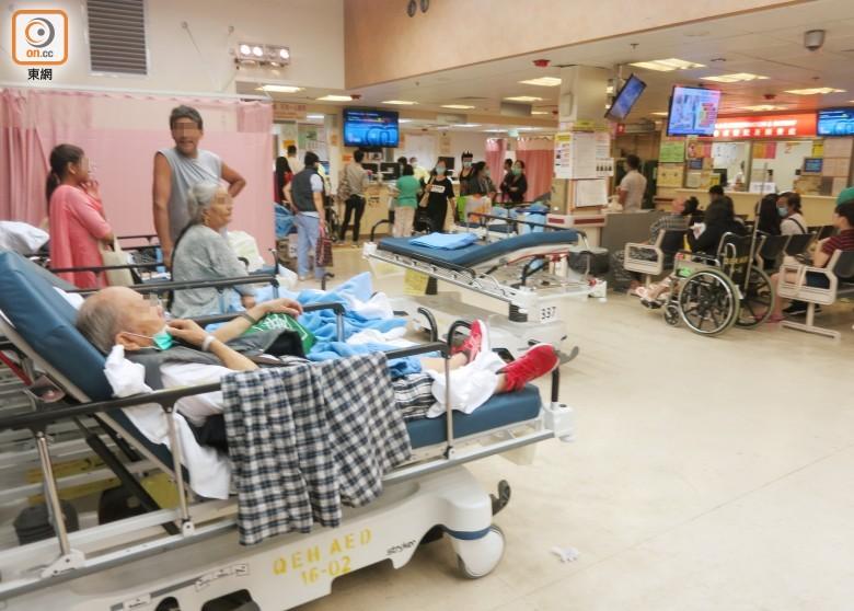 申訴署:1私院3季度僅收2病人作分流 公署促醫管局放寬限制|即時新聞|港澳|on.cc東網