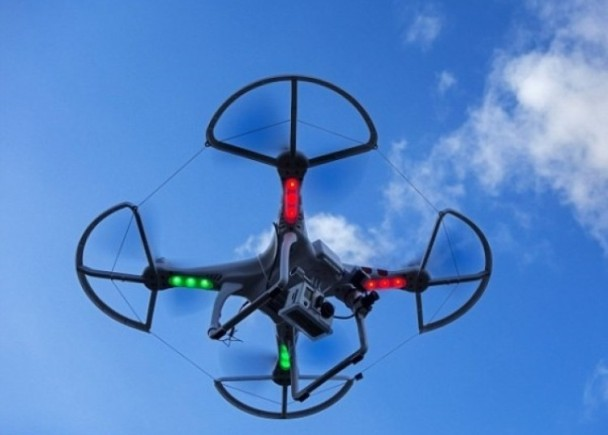 英國無人機險撞波音客機 意外頻生惹擔憂 即時新聞 國際 on.cc東網